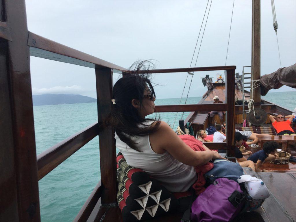 風に吹かれてパンガン島へ