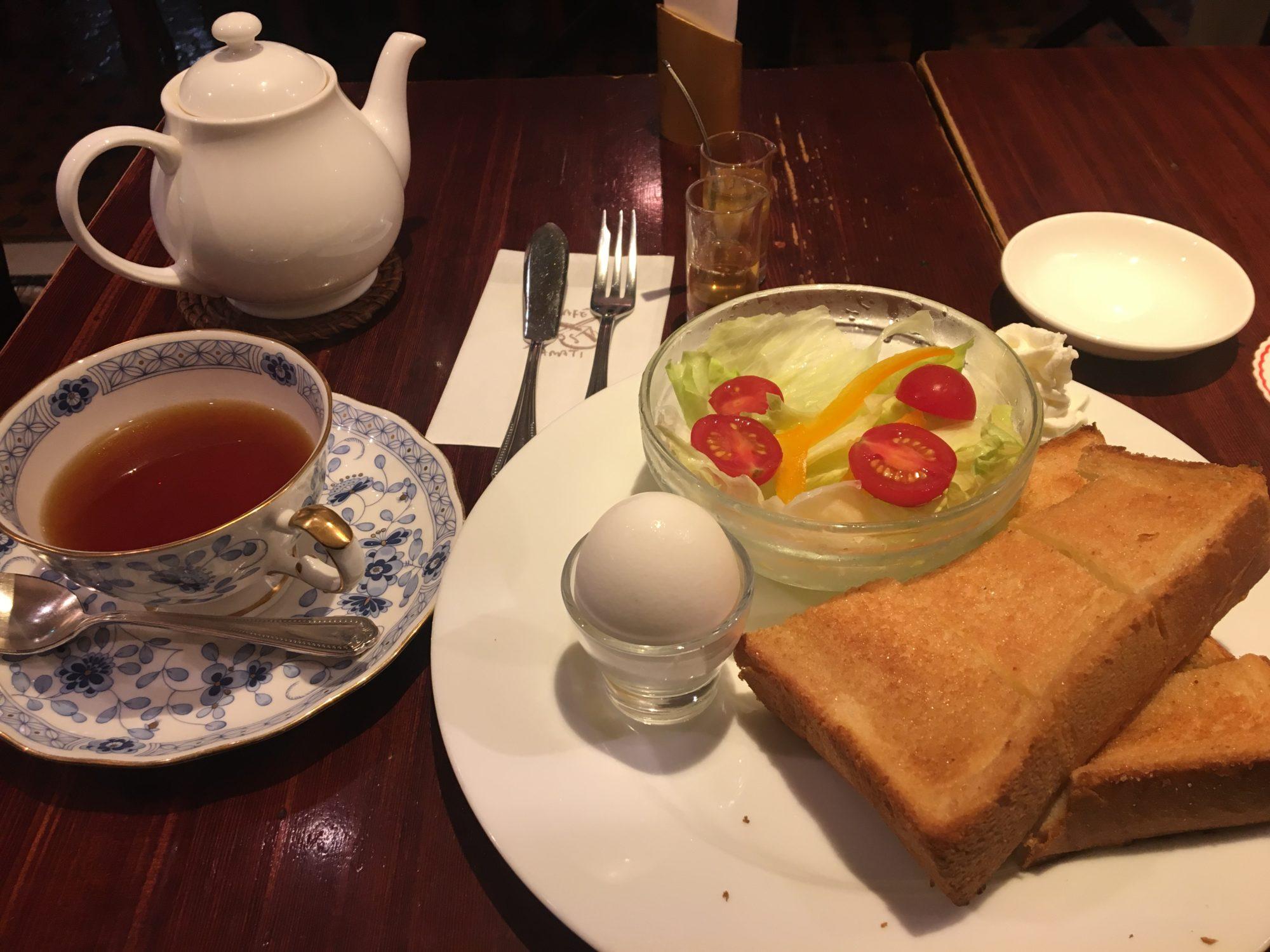 新宿京王線改札カフェ